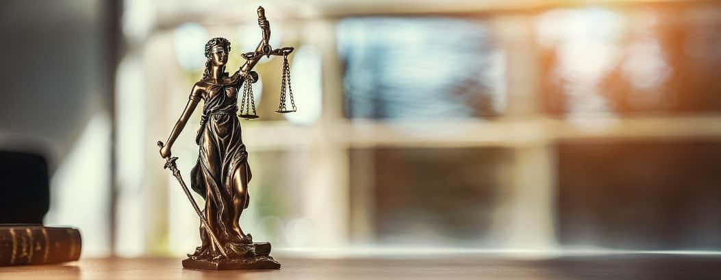 juridisk oversættelse